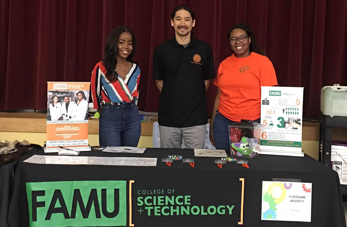 NOAA CCME Participates in Florida State University Schools (FSUS) STEAM Night